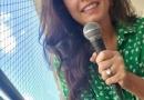 Mona Vilardo canta em todos os estilos para espantar o vírus e animar vizinhança